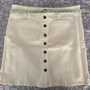 J Crew White High Waisted Button Skirt in Size 12